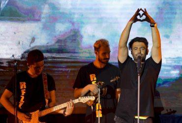 حاشیه های کنسرت محمد رضا گلزار در لس آنجلس